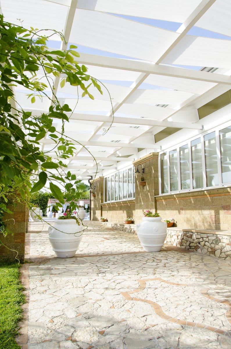 Piscina e Giardini